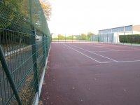 Les terrains de tennis font peau neuve