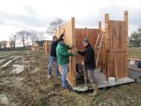 Jardins familiaux : installation des abris
